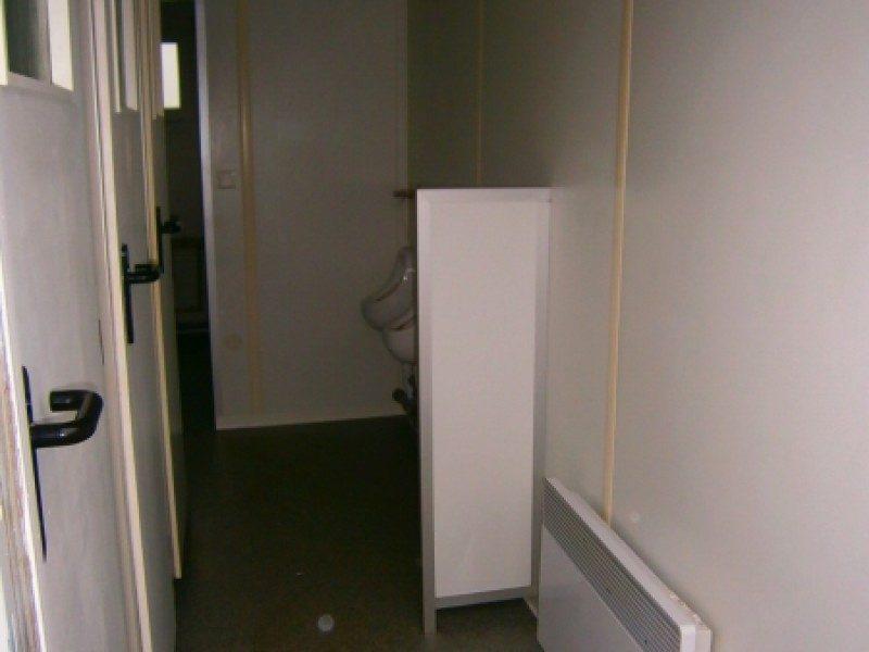 sanit rcontainer mit dusch wc gebraucht. Black Bedroom Furniture Sets. Home Design Ideas