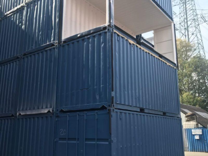 seecontainer mit teilausschnitt carport garage usw. Black Bedroom Furniture Sets. Home Design Ideas